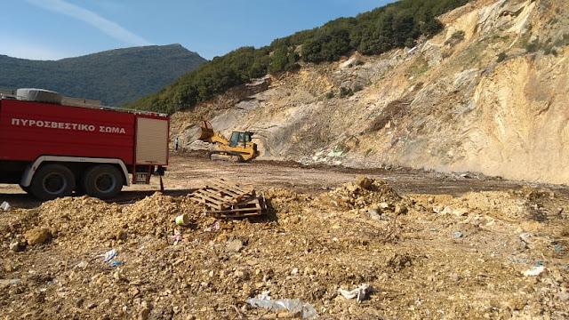 Ηγουμενίτσα: Ολονύχτια μάχη για την κατάσβεση φωτιάς σε παράνομη χωματερή στο νταμάρι της Αγίας Μαρίνας