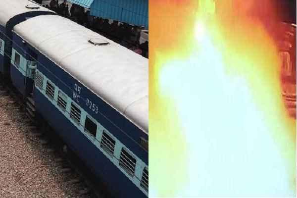 भोपाल-उज्जैन पैसेंजर ट्रेन में धमाका, SIMI का हाथ होने की आशंका