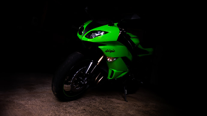 Wallpaper: Kawasaki Ninja ZX6R Motorcycle