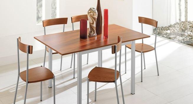 Arredo a modo mio tavolo light di mondo convenienza leggero e pratico soprattutto conveniente - Mondo convenienza tavolo e sedie ...