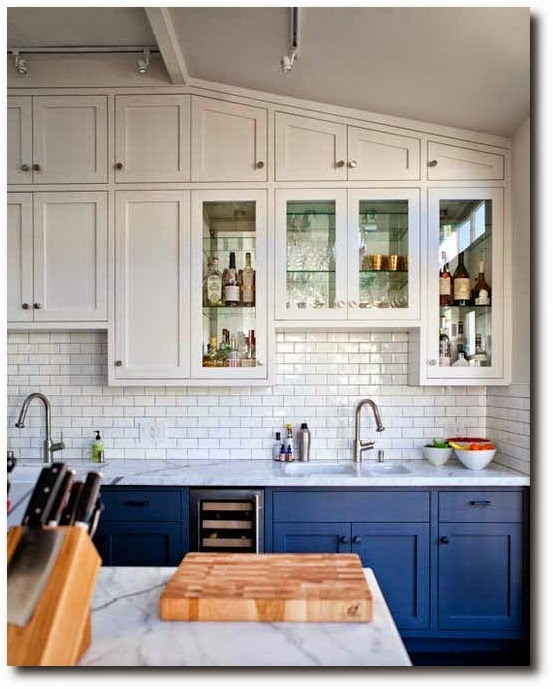 Two Tone Cabinets In Small Kitchen: Eye For Design: Decorate Your Kitchen With Two-Tone Cabinets