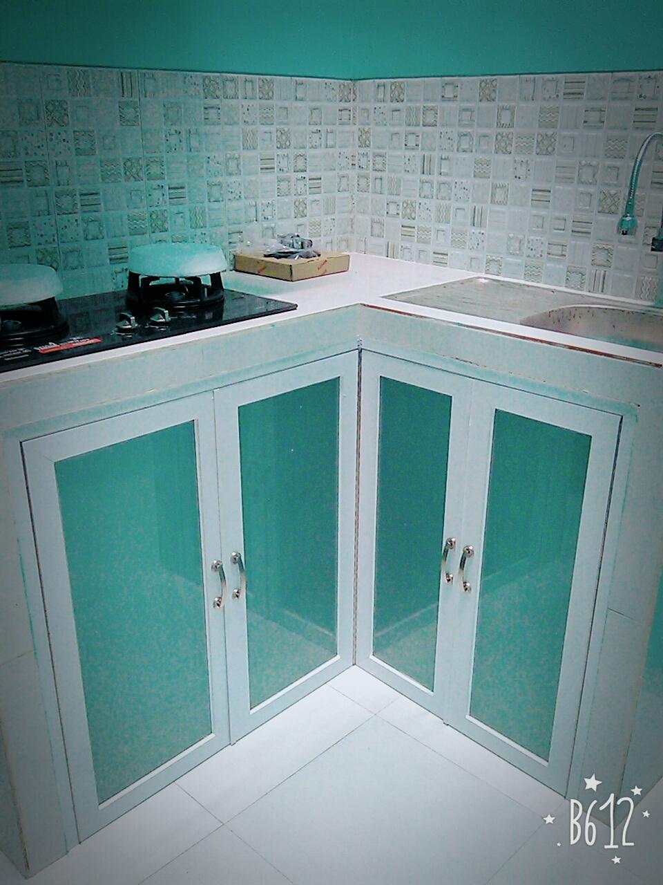 Utama Aluminium Dan Kaca Pintu Kitchen Set Aluminium
