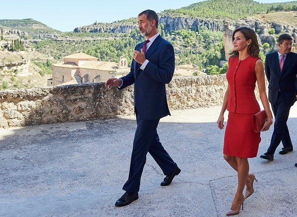 Queen Letizia wore a red dress from Nina Ricci, Prada pumps and carried Menbur  Malva clutch at award ceremony