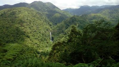 Malatan-og Falls from afar