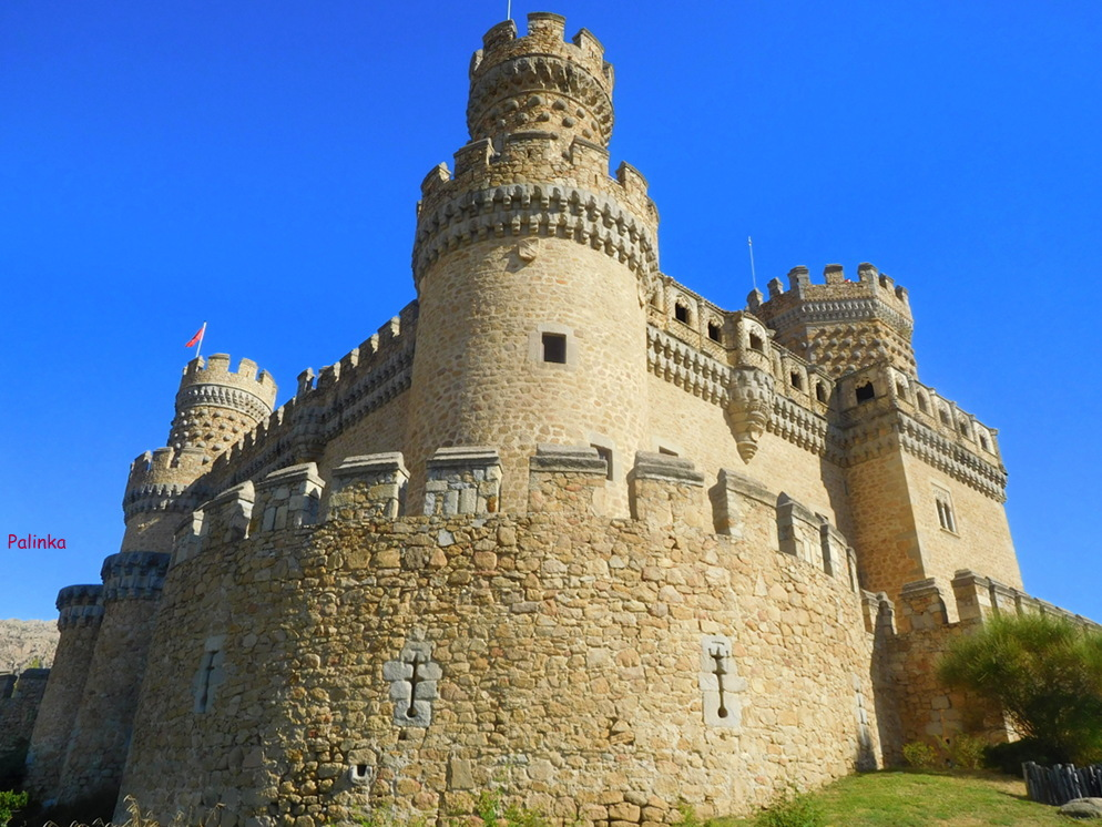 En busca del hada azul el castillo de manzanares el real - Polideportivo manzanares el real ...