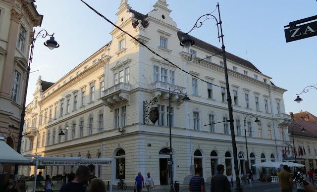 Sibiu - Hotel Imparatul Romanilor Römischer Kaiser von außen