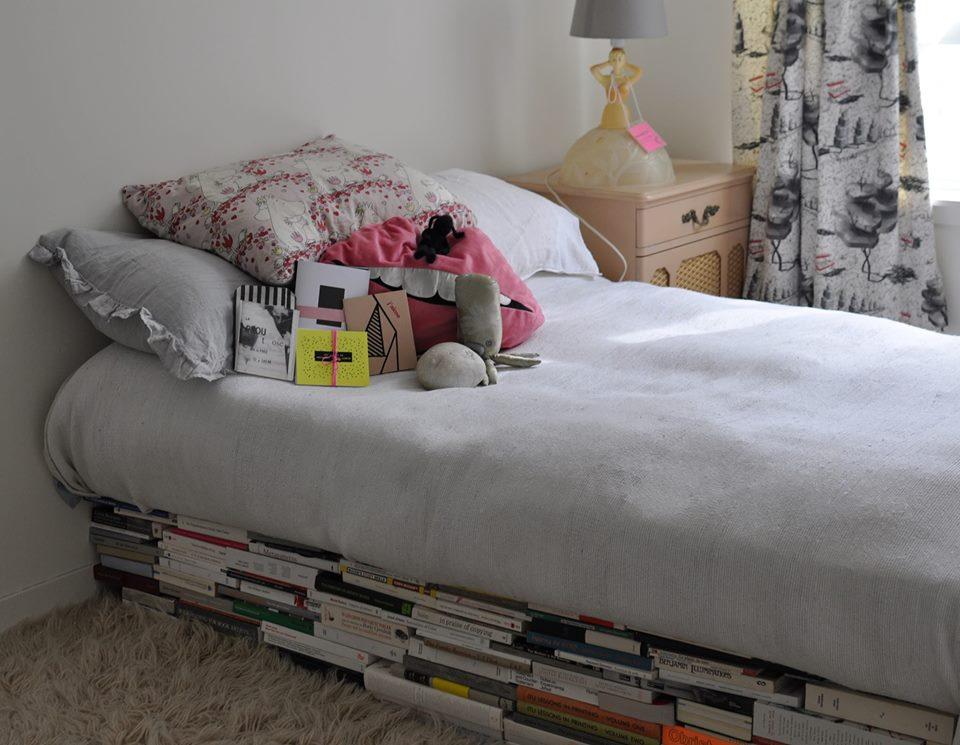 Fadingpaper comme au lit une exposition vente arprim for Vente lit montreal