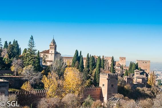 Vista de la Alcazaba desde el Generalife. La alhambra de Granada