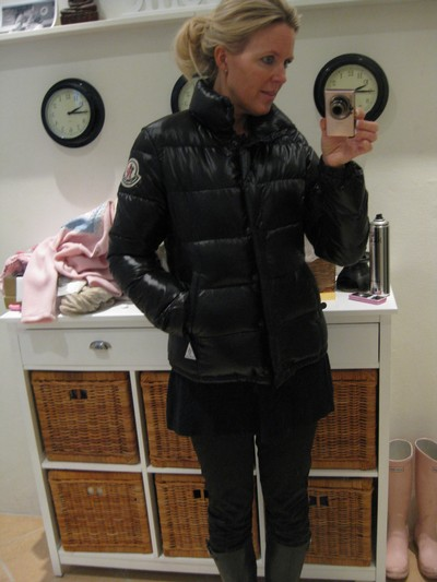 ab53d333e Downjacket fashion: Black Moncler Claire