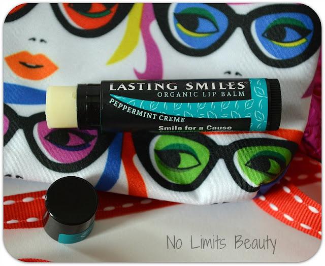 Ipsy Enero 2016 - Lasting Smiles Peppermint Organic Lip Balm