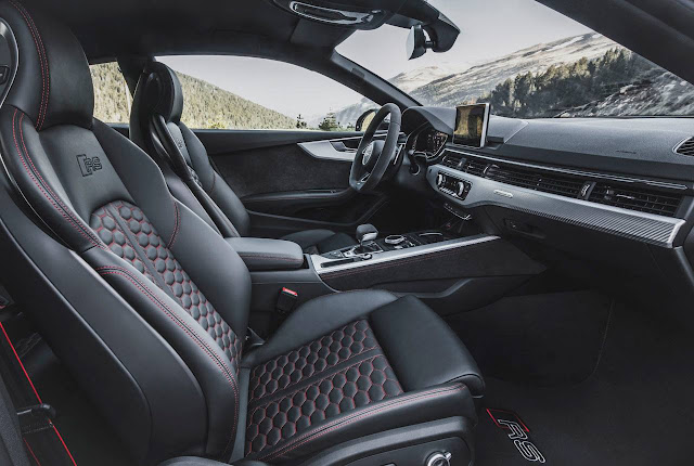 Audi RS5 Coupé 2018 - Interior