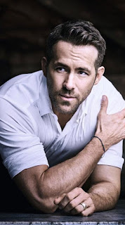 Ryan Reynolds Joins Dwayne Johnson's RED NOTICE, Which Moves From Universal to Netflix