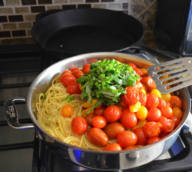 Roasted-Tomato-Pasta-Recipe-Pasta-Roasted-Tomatoes-Pepper-Basil.jpg