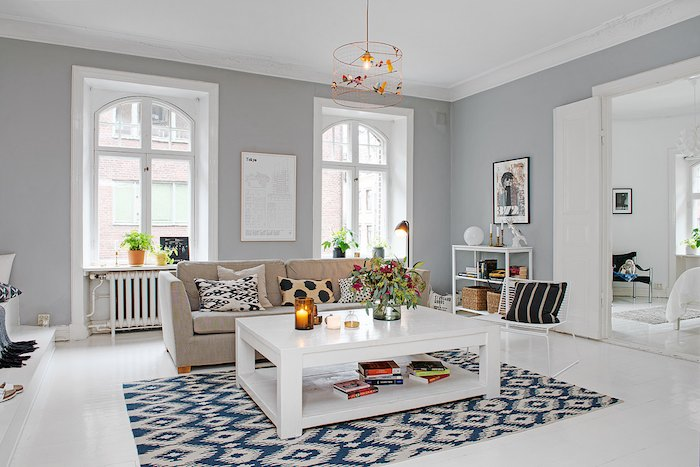 salón tonos blancos-negros-gris