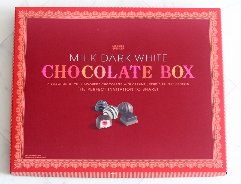 Review Marks & Spencer Milk Dark White Chocolate Box