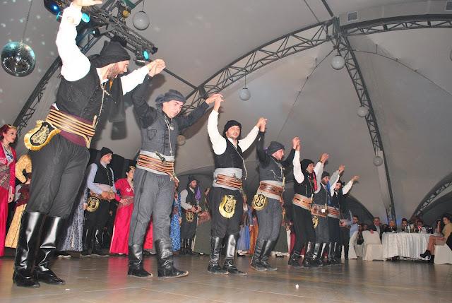 """Με επιτυχία η ετήσια χοροεσπερίδα του Καλλιτεχνικού Μορφωτικού Συλλόγου Ποντίων Φυλής """"Η Τραπεζούντα"""""""