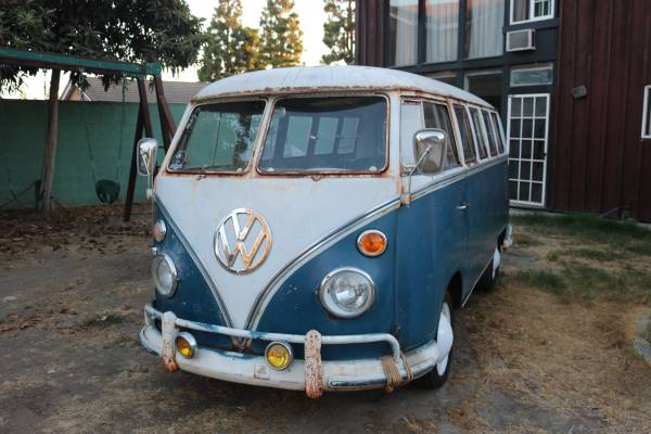 1967 VW Bus Split Window