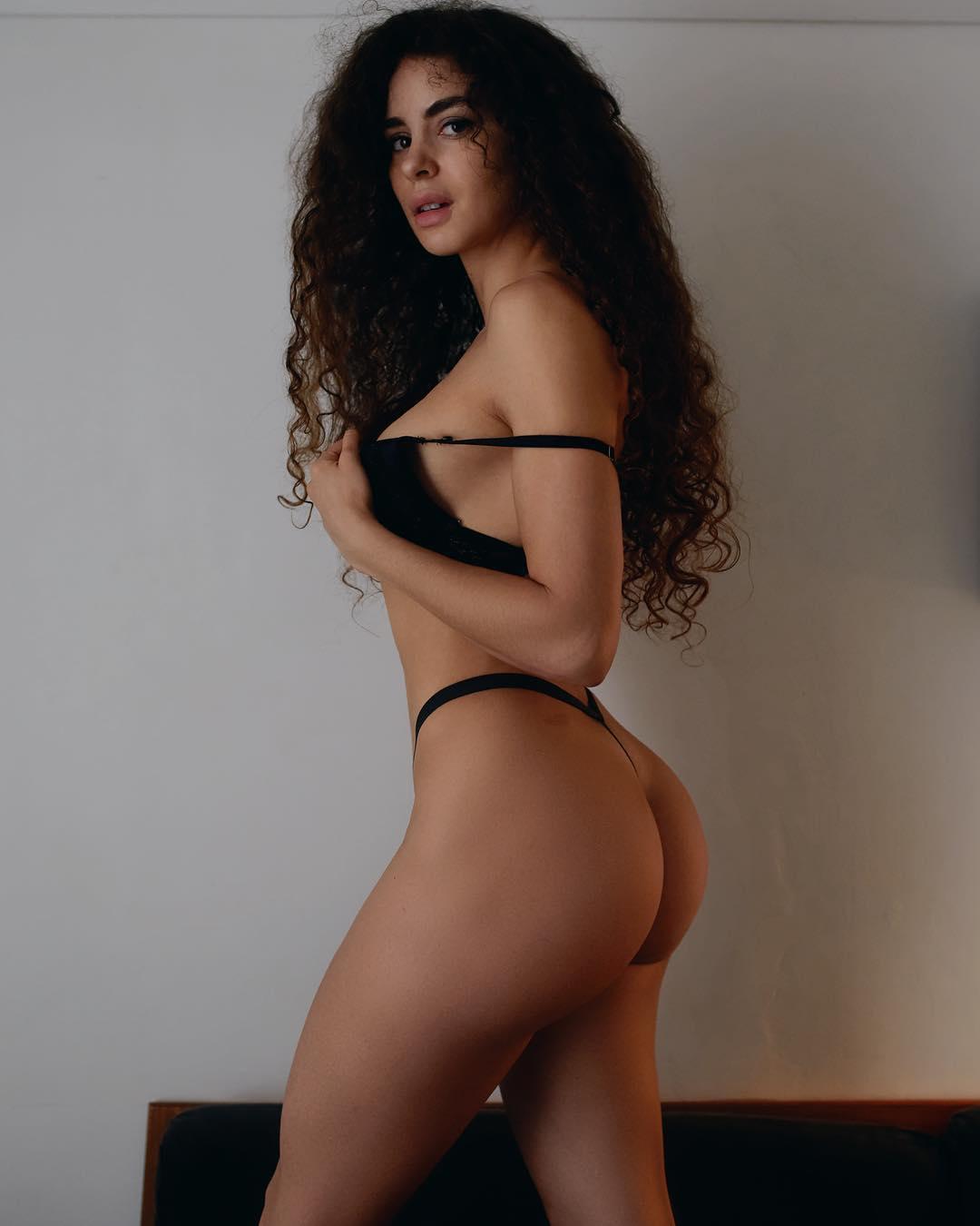 Haylie Noire - Foto 1