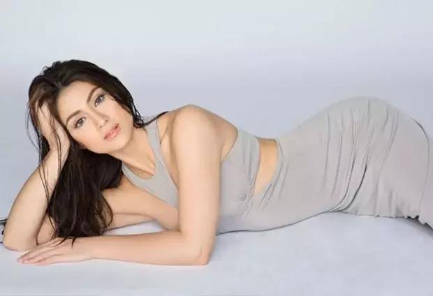 LOOK! Carla Abellana's iPhone 7 Only Lasted Her for 5 Days! See the Incident Here!