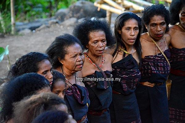 Alor Island Abui Women