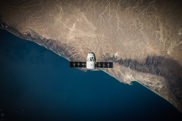 Spacex  Technology Of Aerial View of Earth Exploration HD Wallpaper