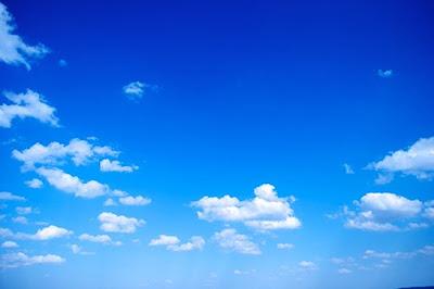 Đi tìm câu trả lời tại sao bầu trời có màu xanh