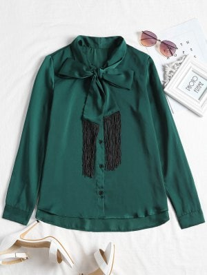 https://www.zaful.com/fringed-long-sleeve-bowtie-blouse-p_511478.html?lkid=11292611