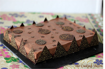 http://the-cooking-sisters.blogspot.ch/2013/11/entremet-tout-chocolat-version-2.html