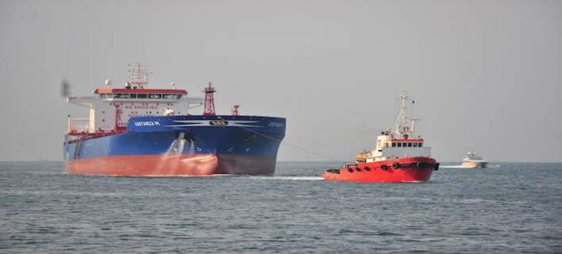 Μηχανική βλάβη σε φορτηγό πλοίο έξω από τη Τζιά - Ρυμουλκείται στο Λαύριο