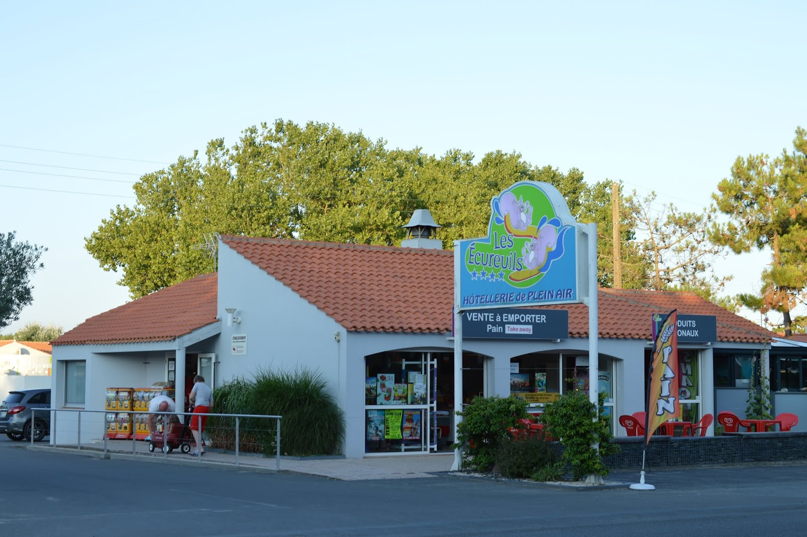 Les Ecureuils Campsite, Vendee - A Eurocamp Site near Puy du Fou (Full Review) - Amy's House