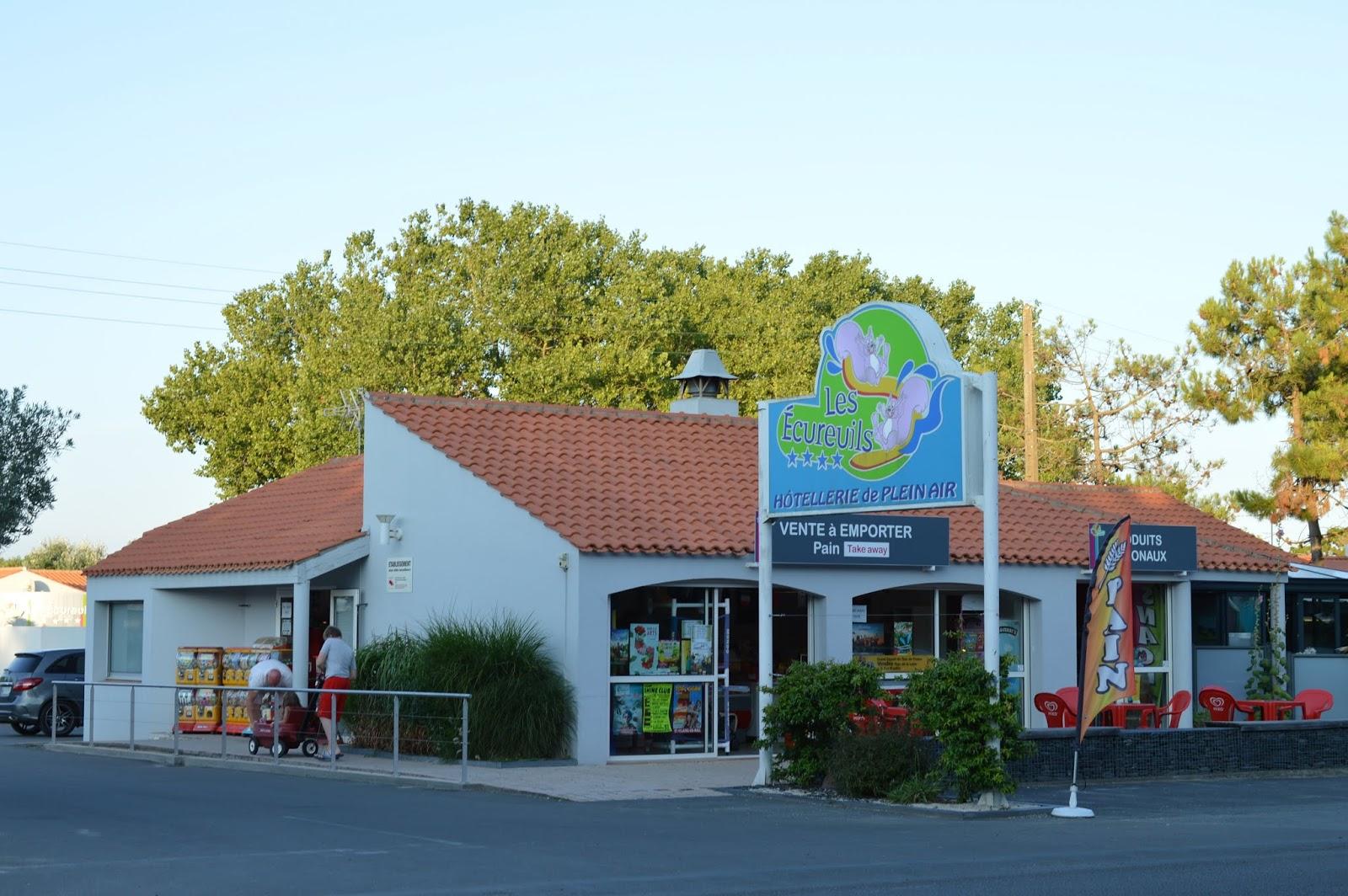 Les Ecureuils Campsite, Vendee - A Eurocamp Site near Puy du Fou (Full Review) - Amy's House