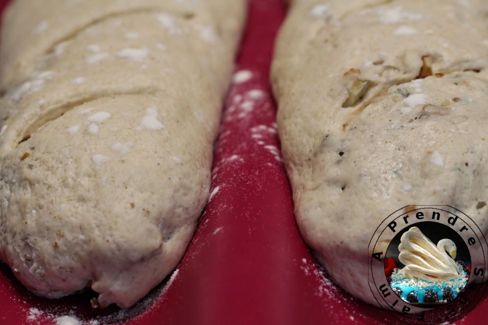 Pain au roquefort et aux noix (pas à pas en photos)