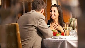 How to Attract and Seduce a Woman - Try This Effective Psychological tip