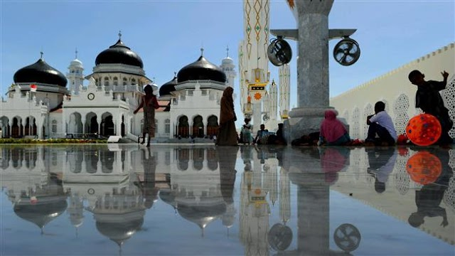 Indonesia to roll out 1,000 'eco-mosques' by 2020
