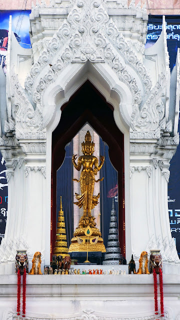 Изображение фигурки Алтаря Эраван в Бангкоке