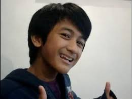 The former child star Makisig Morales is now working in a fast food restaurant! Check this out!