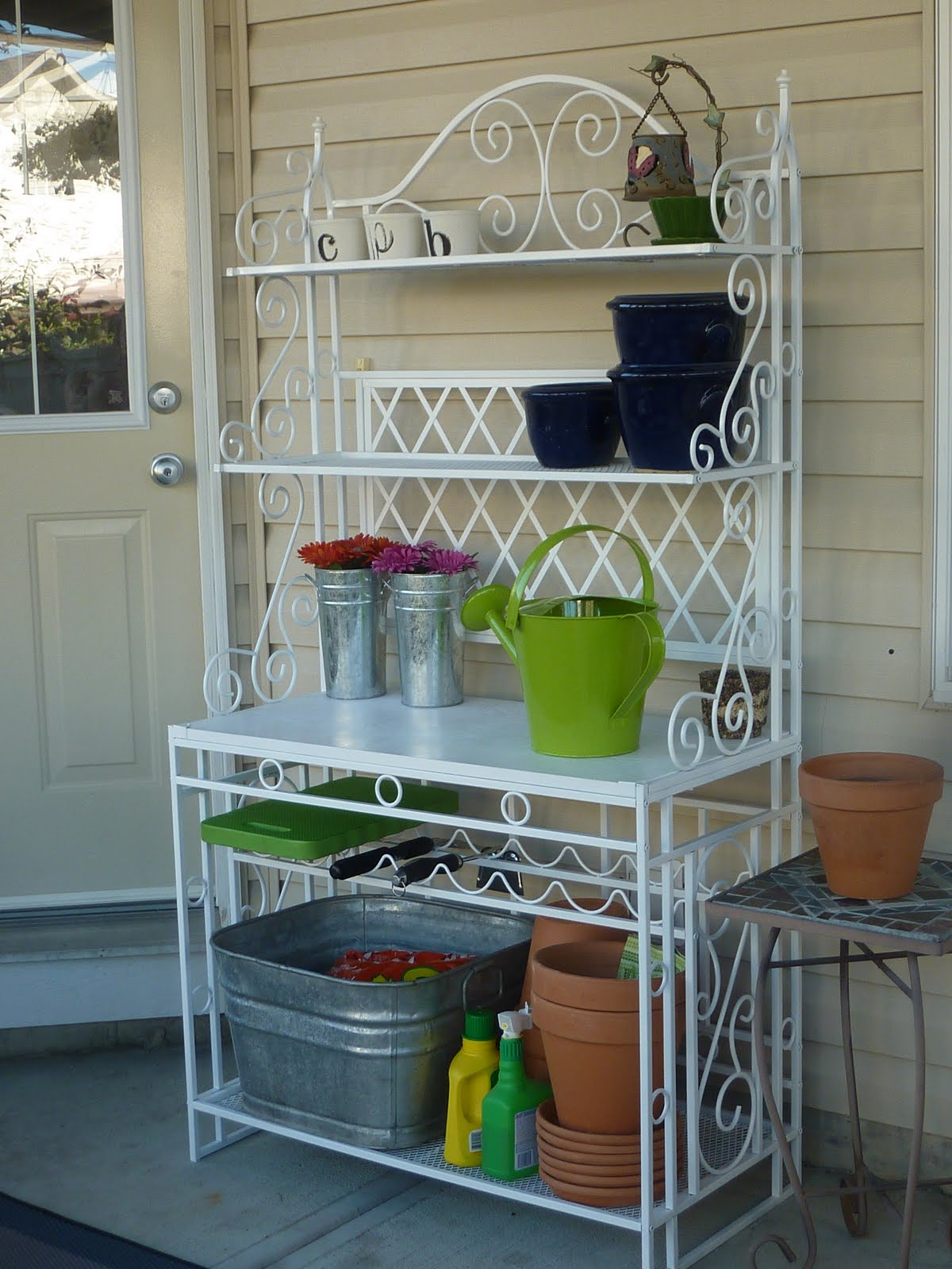 My Crafty Days Outdoor Bakers Rack