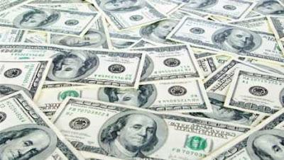 بقرار مفاجيء وعكس كل التوقعات يصدم المصريين من وزاره الماليه  ارتفاع سعر الدولار لهذا السعر وهذا هو الموعد الرسمي للسعر
