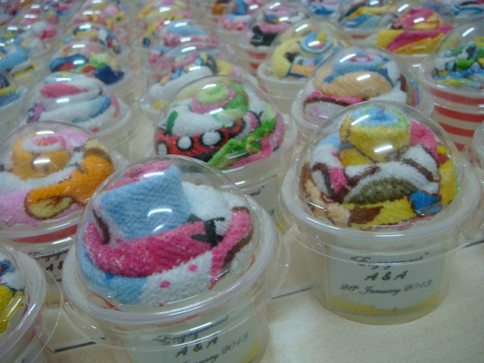 NN Craft & Chocolates: Towel Cupcakes Handmade