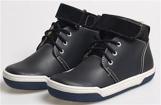 Sepatu Anak Laki-Laki Model Bertali BDA 538