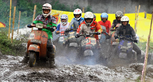 Vespa Adventure Can Be Used In The Mud Scooteris Indonesia