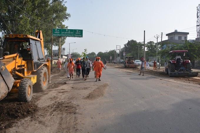 Cleanliness works start on Bebe Nanki Road..