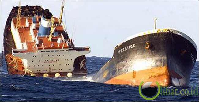 Prestige Oil Spill
