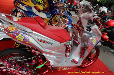 Modifikasi Honda Vario 150 Kontes Full Chrome