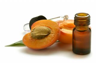 Unti e Bisunti Gli Oli Vegetali Parte Uno  olio di albicocca