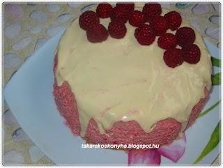 Málnakrémes torta