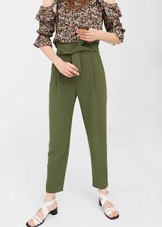 http://shop.mango.com/FR/p0/femme/vetements/pantalon/droit/pantalon-en-crepe-avec-ceinture?id=81095014_37&n=1&s=prendas.pantalones