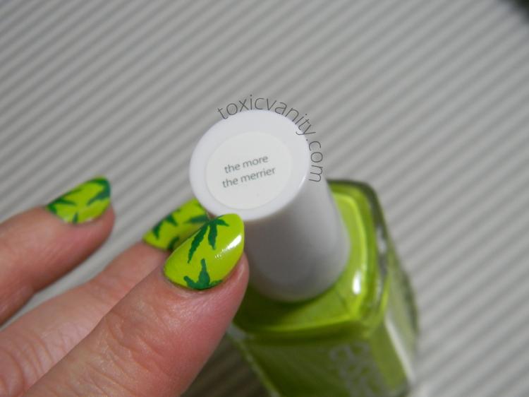 Día 4: Verde | Uñas decoradas de Marihuana - Toxic Vanity