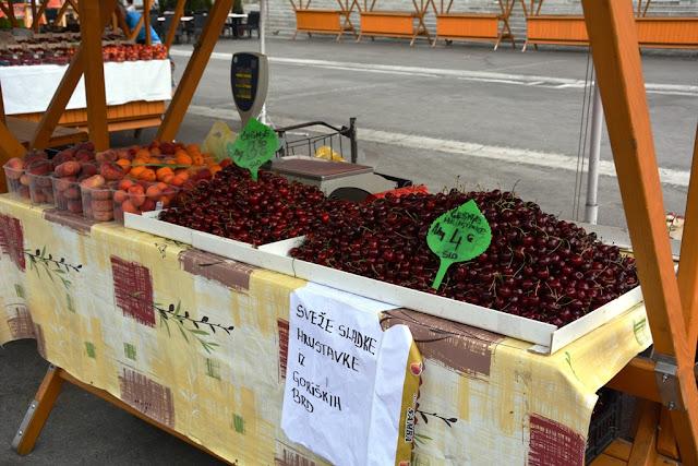 Market Ljubljana fruit