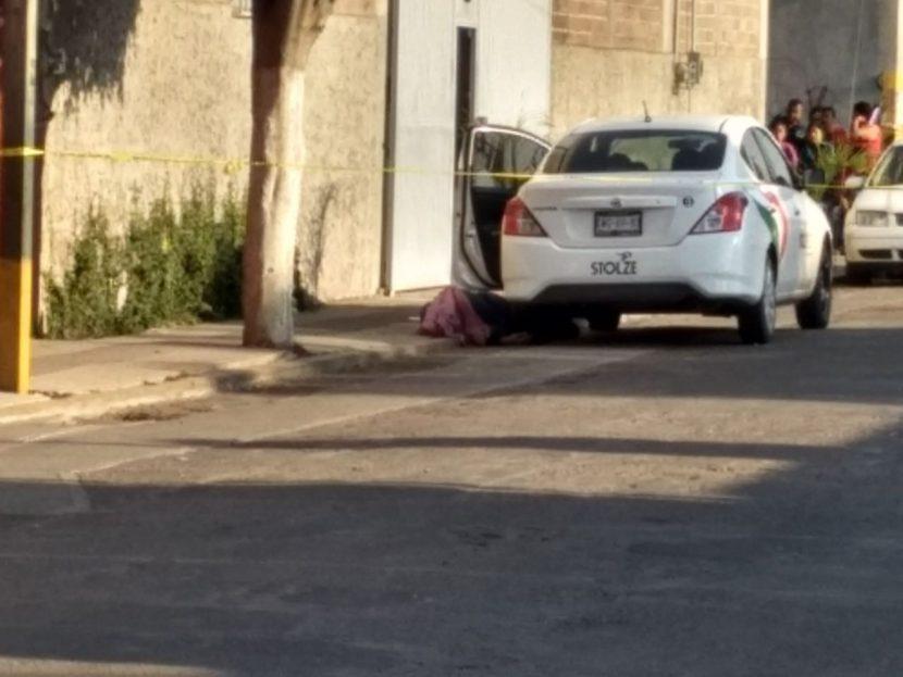 Asesinan a un hombre fuera de una primaria de Irapuato